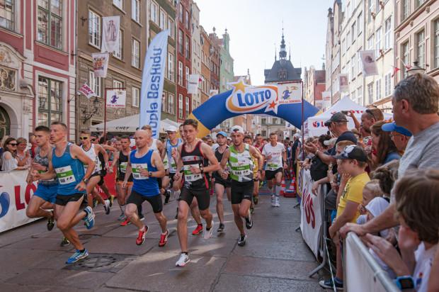 Lotto Cup na 5 km mężczyzn, rozegrany w ramach 26. Biegu św. Dominika, zgromadził na starcie blisko pół tysiąca uczestników. Najlepsi chwalili doping publiczności.