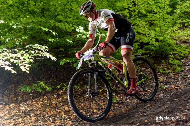 Mistrzostwa Polski w Maratonie MTB to okazja do pościgania się wraz z zawodowymi kolarzami.