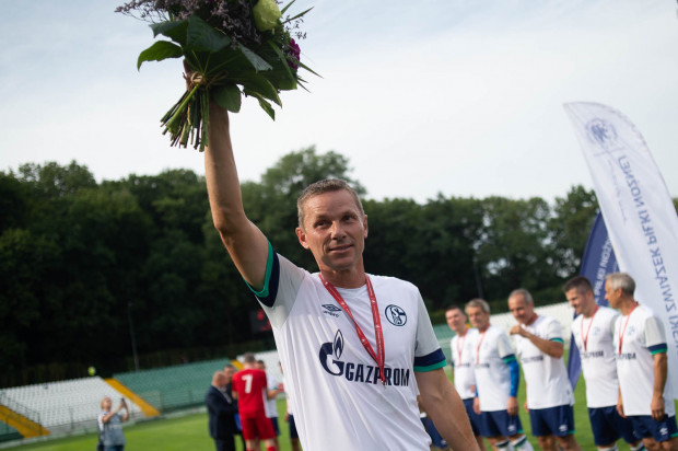 Tomasz Wałdoch nie krył wzruszenia tym, że mógł w sobotę zagrać z przyjaciółmi, których nie widział przez wiele lat.