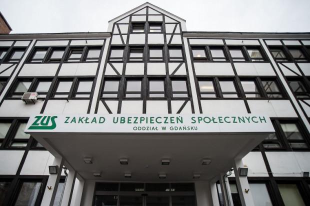 Od początku stycznia do końca czerwca gdański oddział ZUS skontrolował pod kątem wykorzystywania zwolnień lekarskich 3,4 tys. osób. W wyniku kontroli prawo do zasiłku straciło 436 z nich.