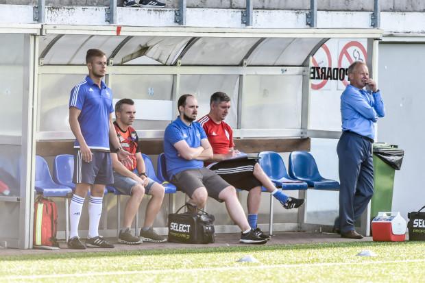 Na ławce Bałtyku Gdynia nadal nie ma powodów do radości. Po pięciu kolejkach grupy drugiej III ligi drużyna zamyka tabelę.