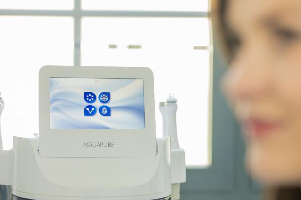 Medycyna estetyczna w stomatologii odgrywa coraz większą rolę.