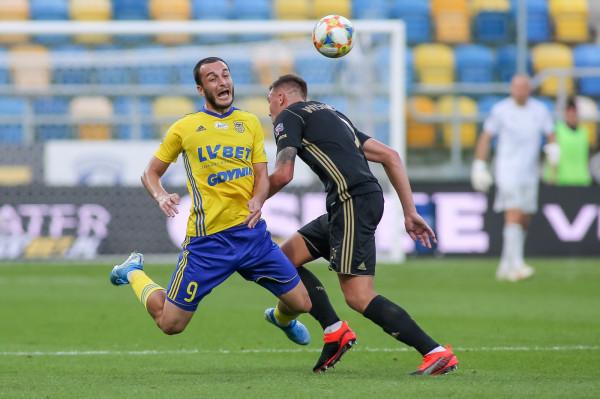 David Skhirtladze w drugim meczu z rzędu w ekstraklasie strzelił gola i dał Arce Gdynia pierwszą wygraną w sezonie 2019/2020.