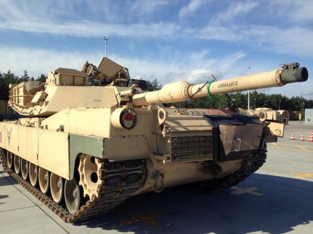 Tak wygląda ciężki czołg Abrams, który przypłynął do Gdańska w 2017 roku.
