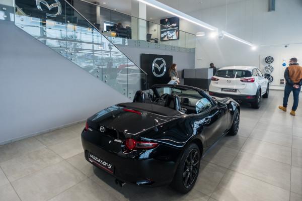 Salon Mazda BMG Goworowski w Gdyni