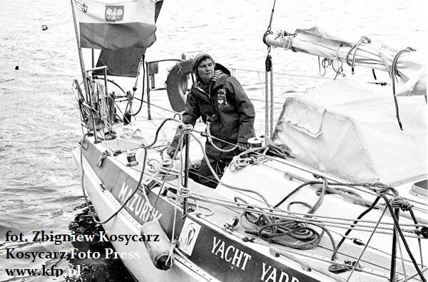 W trakcie rejsu dookoła świata kapitan Krystyna Chojnowska-Liskiewicz przepłynęła 28 696 mil morskich, a na morzu spędziła 401 dni.