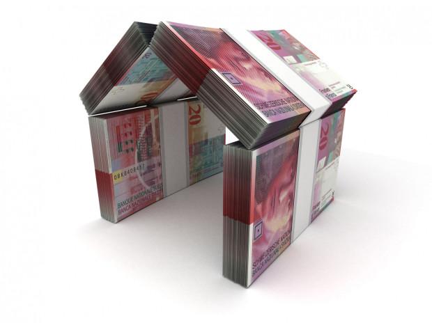 Najwięcej kredytów we frankach udzielono w 2008 r. - ich  łączna wartość wyniosła wtedy 56 mld zł.