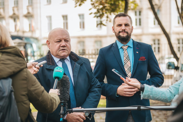 Andrzej Kobylarz i Łukasz Hamadyk zabrali głos ws. spalarni odpadów Port Service