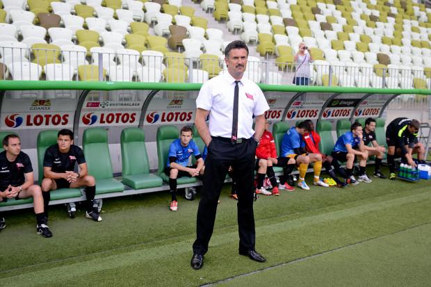Wojciech Stawowy największe sukcesy odnosił w Cracovii, którą przeprowadził z III ligi do 5. miejsca w ekstraklasie. Natomiast Arkę Gdynię prowadził dotychczas w 70 oficjalnych meczach, dochodząc z nią najwyżej do 11. miejsca w krajowej elicie.