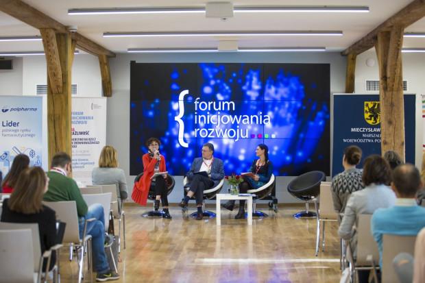 Forum Inicjowania Rozwoju to spotkanie praktyków biznesu, przedstawicieli organizacji pozarządowych, samorządu i nauki. Podczas wcześniejszych edycji gościem spotkania był m.in. prof. Andrzej Blikle.