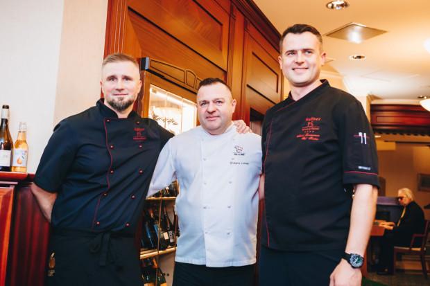 Autorzy czwartkowej kolacji: Michał Wiśniewski, Grzegorz Labuda i Michał Zawierzeniec (od lewej).
