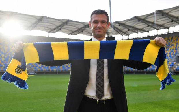 Aleksandar Rogić przez większość kariery trenerskiej zbierał doświadczenie jako asystent poszczególnych szkoleniowców. M.in. z Goranem Stevanovicem i reprezentacją Ghany zajął 4. miejsce w Pucharze Narodów Afryki w 2012 roku.