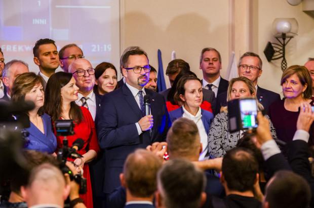 W okręgu słupsko-gdyńskim najwięcej głosów jak dotąd zebrał Marcin Horała (PiS) - 55,8 tys.