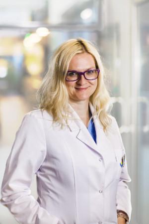 Lek. med. Ewa Mężyk, ginekolog z Kliniki Zdrowia Kobiety INVICTA.