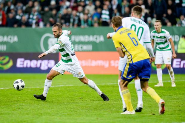 Flavio Paixao dotychczas zdobył 6 bramek w derbach Trójmiasta. Portugalczyk jest zawiedziony, że w niedzielę w walce o kolejne trafienia nie będą mogli wspierać go kibice Lechii Gdańsk.