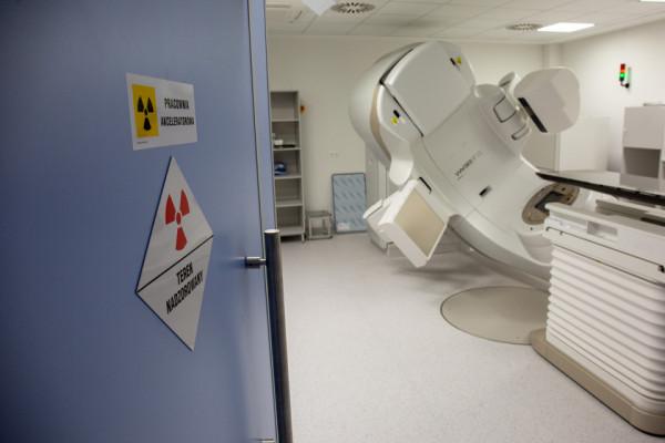 Nowe aparaty do radioterapii pozwalają osiągnąć najwyższy wskaźnik wyleczeń przy jak najmniejszym ryzyku powikłań.