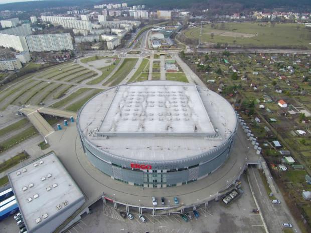 Przez halę Ergo Arena przebiega granica Gdańska i Sopotu.