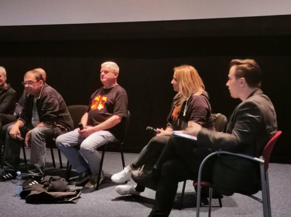 """Kazik Staszewski i Olga Bieniek podczas gdańskiej przedpremiery """"Kult. Film""""."""