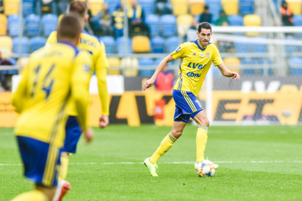 Marko Vejinović znów strzelił gola dla Arki Gdynia, ale powtórki z derbów Trójmiasta nie było, gdyż wcześniej to Holender popełnił błąd, który kosztował stratę bramki na 0:2.