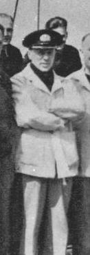 Dowódca polskiego dywizjonu niszczycieli, kmdr Stanisław Hryniewiecki.