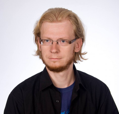 dr Tomasz Larczyński