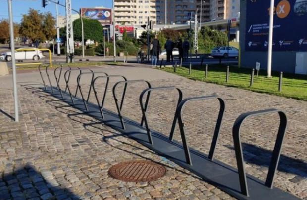 Po pół roku funkcjonowania systemu stacje znów są puste. Kiedy zapełnią się rowerami?