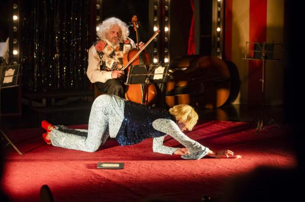 Przedstawienie Teatru Atelier w Sopocie (przygotowane w koprodukcji z Teatrem im. Adama Mickiewicza z Częstochowy) zagrane zostanie w Teatrze Szekspirowskim 29 listopada.