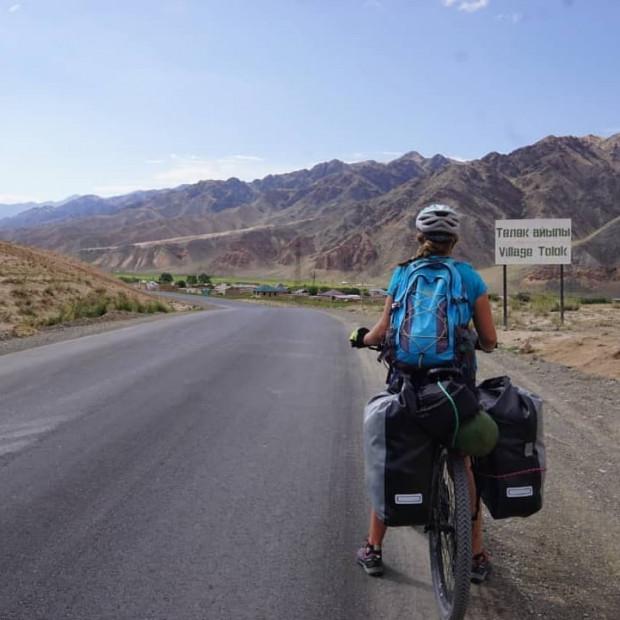Joanna Chmara odbyła rowerową podróż po Kirgistanie.