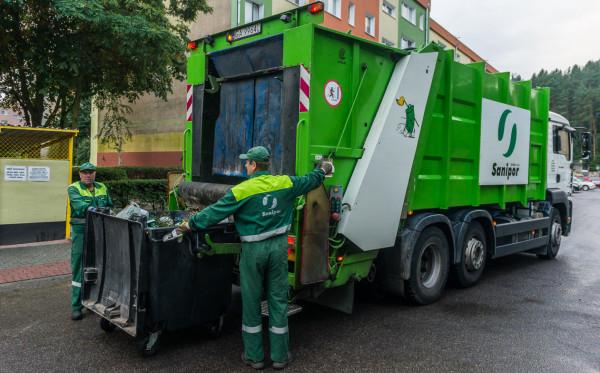 Nowe stawki za odbiór śmieci będą obowiązywać od 1 stycznia 2020 roku.