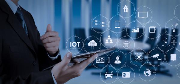 Firma Acoustic specjalizuje się projektowaniu rozwiązań - opartych na sztucznej inteligencji - umożliwiających cyfrową i mobilną analitykę danych marketingowych.