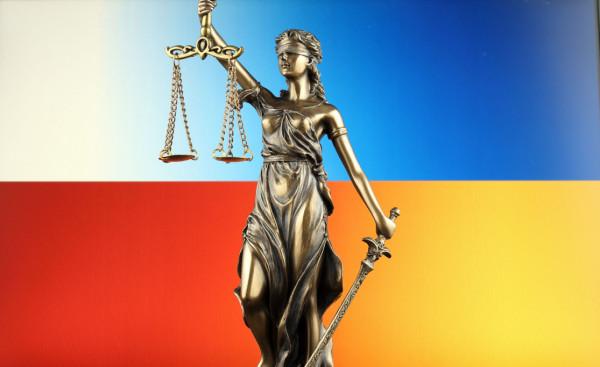 Sprawę ciąży 11-latki polskie organy ścigania umorzyły. Postępowanie w sprawie prowadzą ukraińskie służby.