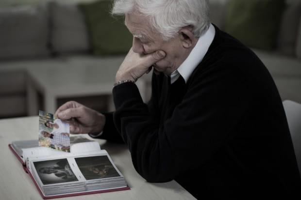 Samotność osób starszych to jeden z największych problemów, z którymi mierzą się one na co dzień.