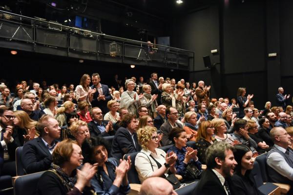 Widzowie Teatru Miejskiego w Gdyni