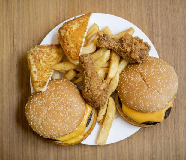 Wysokoprzetworzona żywność to najgorsze źródło węglowodanów.