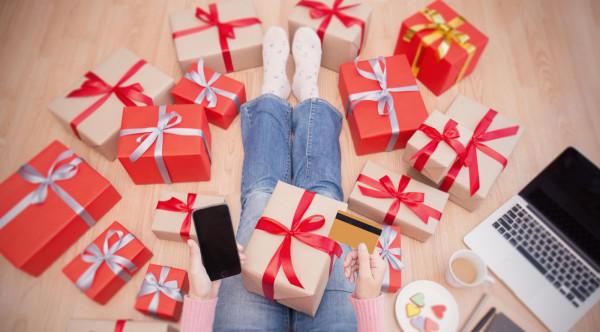 W święta jesteśmy bardziej podatni na zakupowe szaleństwo - kupujemy znacznie większe ilości żywności, niż są nam potrzebne.