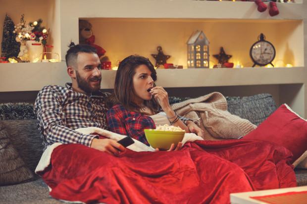 Sylwester w domu to popularna opcja wśród tych, którzy nie lubią hucznych imprez.