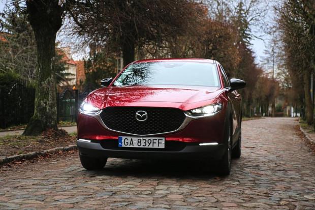 CX-30 to nowy model w rodzinie Mazdy. Crossover może namieszać na rynku.