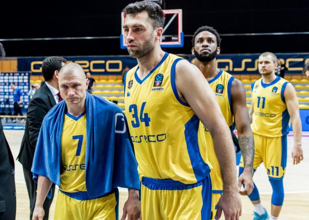 Andrzej Kwaśniewski uważa, że Asseco Arka Gdynia powinna szybko otrząsnąć się po odpadnięciu z Eurocup. W tym roku udało się osiągnąć lepszy wynik, niż w poprzednim, dlatego powinniśmy patrzeć łaskawym okiem na zespół, bo budowanie drużyny to proces.