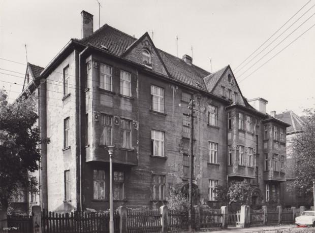 Dom przy ul. Jarosława Dąbrowskiego 6 w Sopocie. To tu mieszkali Halina i Edmund Misiołkowie i to tu - na parapecie - Herbert zostawiał podarki dla swojej ukochanej.