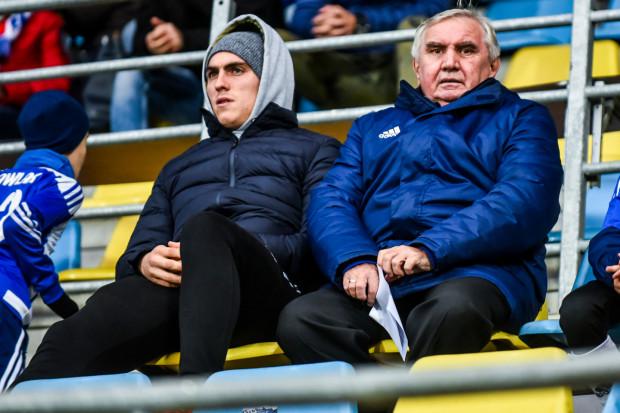Jerzy Jastrzębowski (z prawej) ma za zadanie utrzymać Bałtyk Gdynia w III lidze.