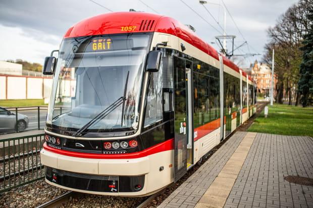 Za opóźnienia w dostawie tramwajów GAiT nałożył dotychczas na Pesę kary w wysokości 9,2 mln zł.