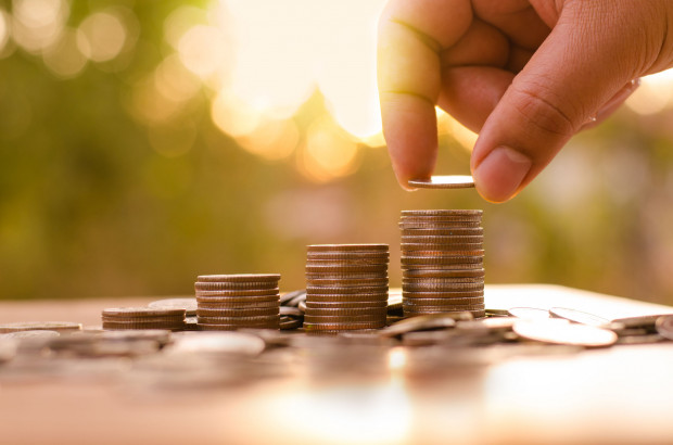 Dane GUS dotyczące średniej płacy są zbierane od przedsiębiorstw zatrudniających powyżej dziewięciu pracowników.
