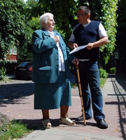 Stefania Orczakowska - w czasie II wojny światowej pracowała w oliwskim Domu Zdrojowym. Na zdjęciu z Piotrem Mazurkiem z Towarzystwa Przyjaciół Gdańska.