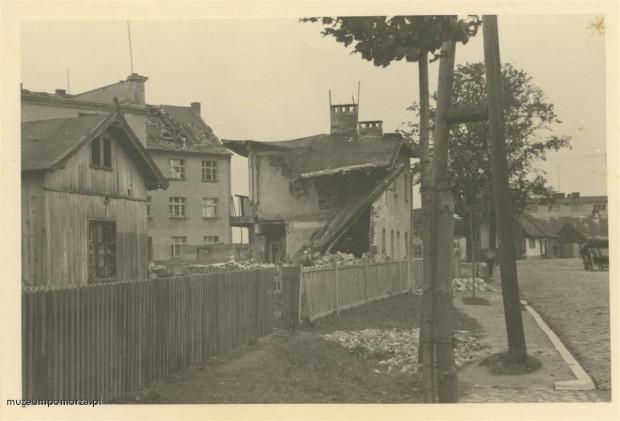 Domy na Oksywiu uszkodzone w czasie kampanii wrześniowej.