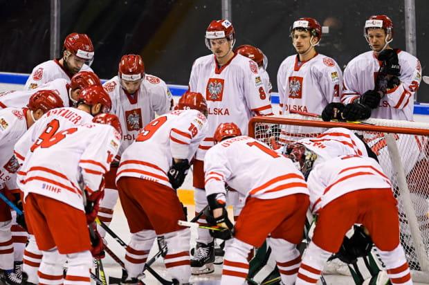 Reprezentacja Polski z Szymonem Marcem w składzie, wygrała wszystkie trzy mecze w Kazachstanie i awansowała do ostatniej fazy eliminacji.