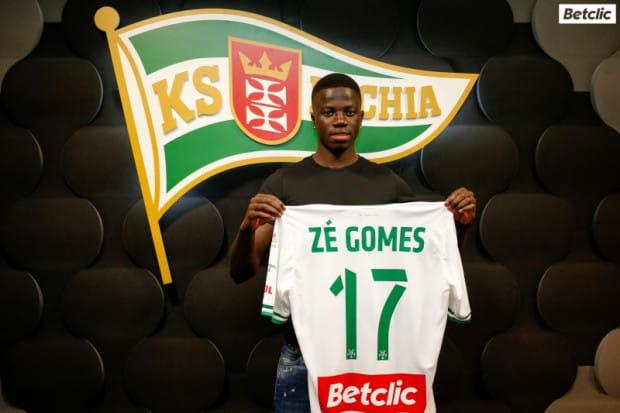 Ze Gomes (na zdjęciu) zagra w Lechii z numerem 17, tym samym który wcześniej nosił Lukas Haraslin.