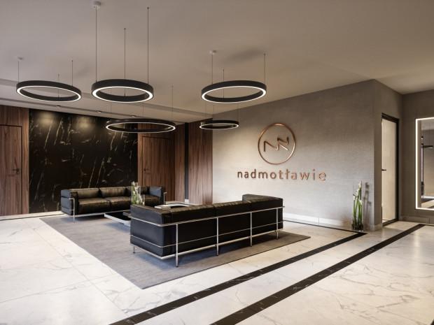 Oświetlenie części wspólnych w nowo powstających budynkach mieszkaniowych coraz częściej zasilane jest z paneli fotowoltaicznych, a nie z sieci.