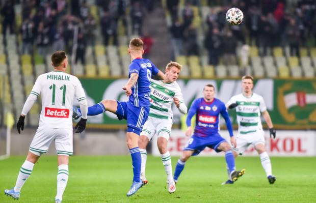 Rafał Kobryń po dwóch wiosennych meczach ma już na koncie dwa razy tyle spotkań w ekstraklasie co przez całą jesień. Wygląda na to, że obrońca na dobre włączył się do walki o skład.