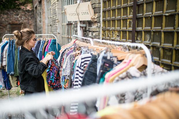 Targi Vintage i wrzeszczański SWAP to dobra okazja do odświeżenia swojej szafy przed nadchodzącą powoli wiosną.