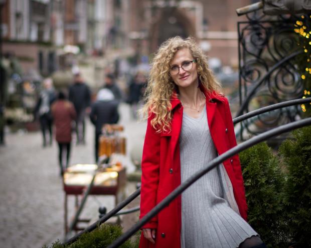 """Blogerka Poli Ann, czyli Anna Bałuta, wydała właśnie swoją debiutancką książkę pt. """"Portrety""""."""